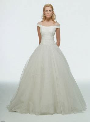 Disney Princess Wedding Dresses ? DisneyFairyTales.com