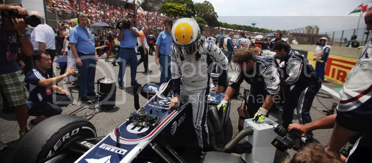 Rubens Barrichello Interlagos 2011 casco Senna