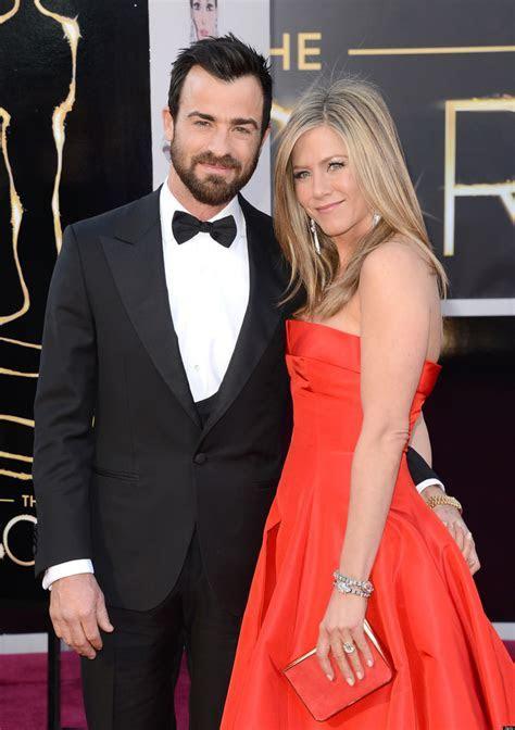 Jennifer Aniston's Wedding On Hold? Nuptials With Justin