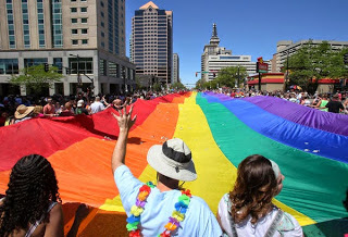 ηπα-αστυνομικός-αρνήθηκε-να-εργαστεί-για-την-παρέλαση-των-ομοφυλόφιλων-και-τέθηκε-σε-αργία