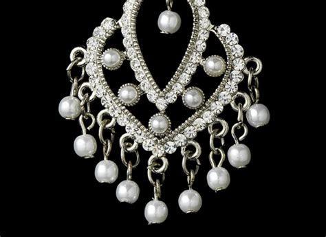 Vintage White Pearl Chandelier Earrings E 956
