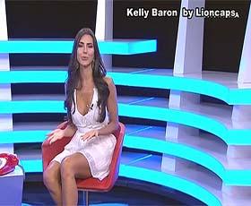 Kelly Baron sensual a apresentar o concurso 1000 à hora