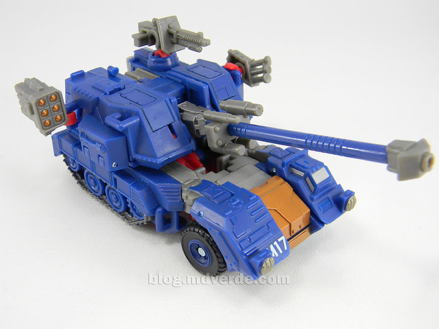 Transformers Darkmount (Straxus) Generations Deluxe - modo alterno