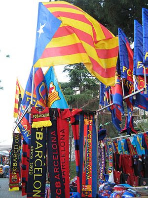 English: Flags and scarfs of Barcelona FC in f...