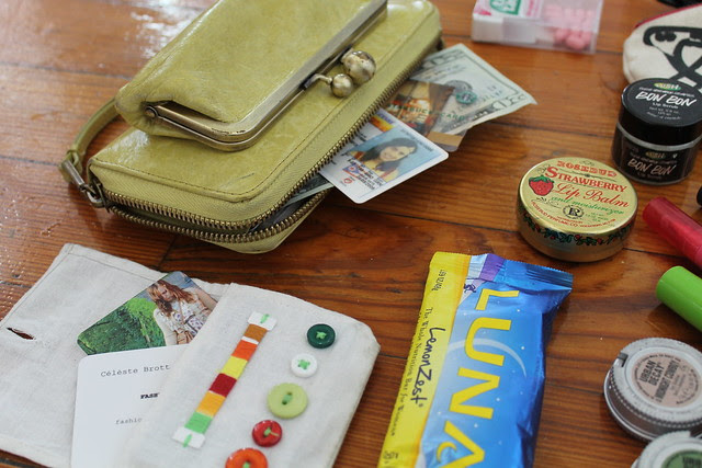 What's in my bag (June 2012)