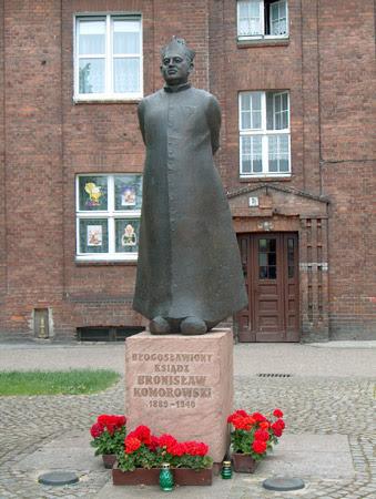 Image illustrative de l'article Bronisław Komorowski (prêtre)