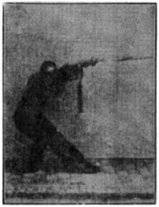 《昆吾劍譜》 李凌霄 (1935) - posture 39