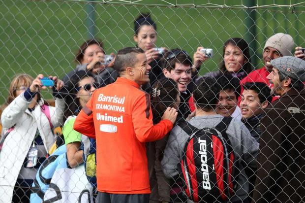 Argentinos que vão ao encontro do Papa fazem pausa no Beira-Rio para ver D'Ale Diego Vara/Agência RBS/