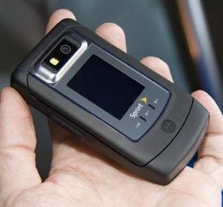 Motorola V950 in Live Shots
