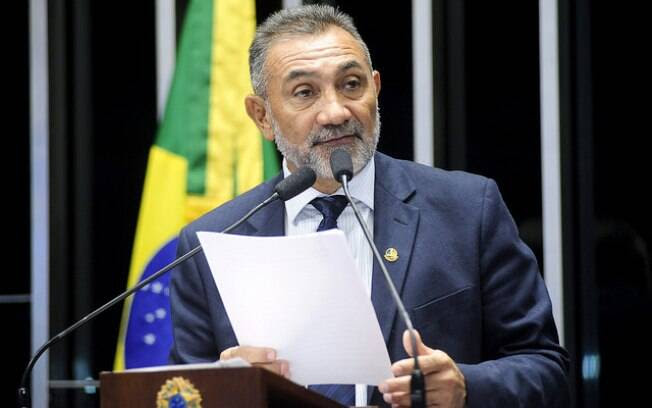 O senador Telmário Motta (RR) é o indicado do PDT para compor a comissão do impeachment no Senado. Foto: Pedro França/Agência Senado - 10.11.15