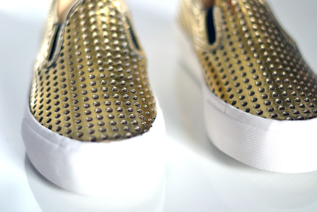golden mesh perforated dialog slip ons asos new in shopping fashion blogger turn it inside out belgium