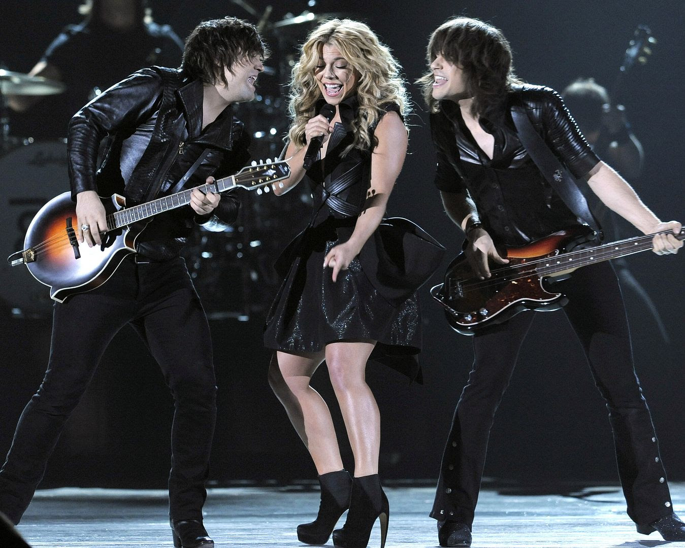 2013 ACM Awards photo The-Band-Perry1.jpg