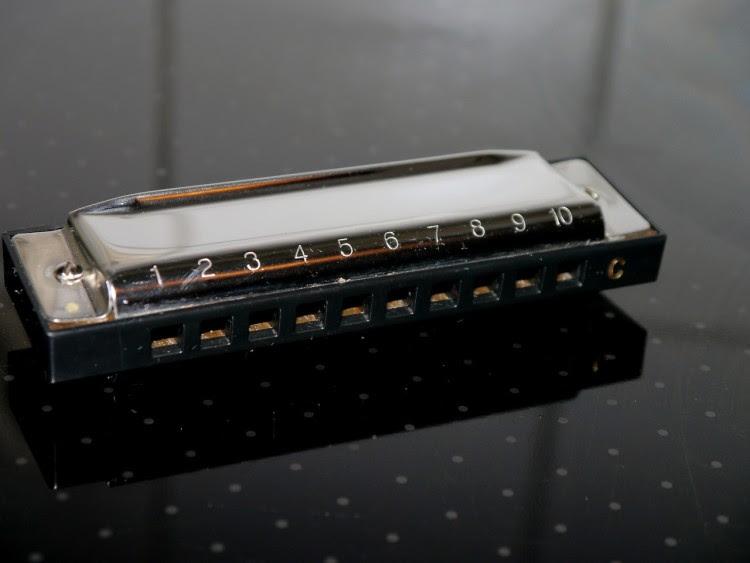 harmonica-641425_1280