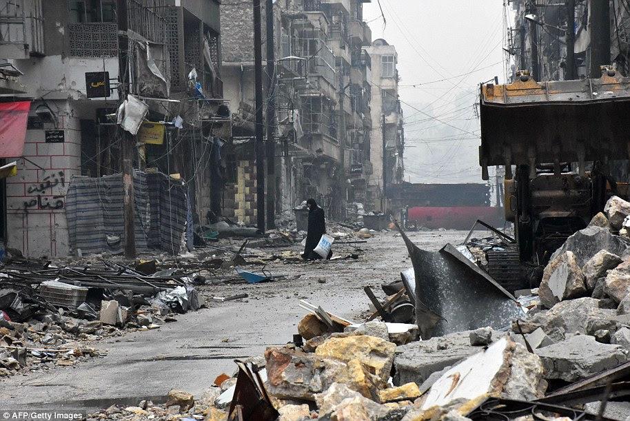 captura de leste Aleppo, realizada por mais de quatro anos por rebeldes, o governo sírio marca um novo capítulo terrível para a maior cidade da Síria