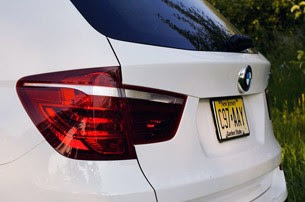 2011 BMW X3 xDrive28i rear detail