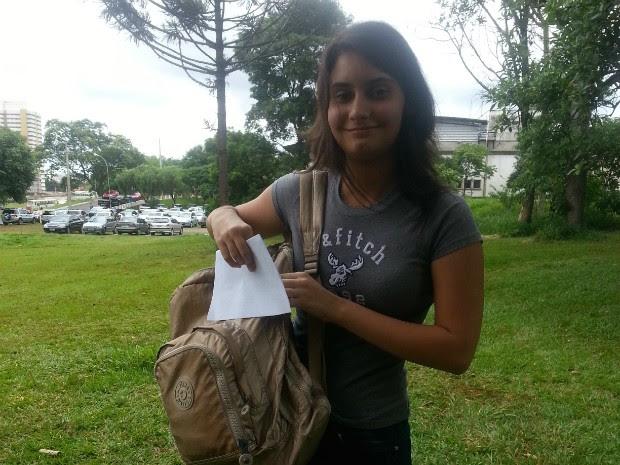 Giovana Gameiro foi aprovada para medicina no Vestibular 2015 da UEL (Foto: Arquivo pessoal)