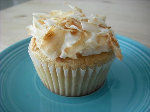 White Cupcakes - Coconut Variation
