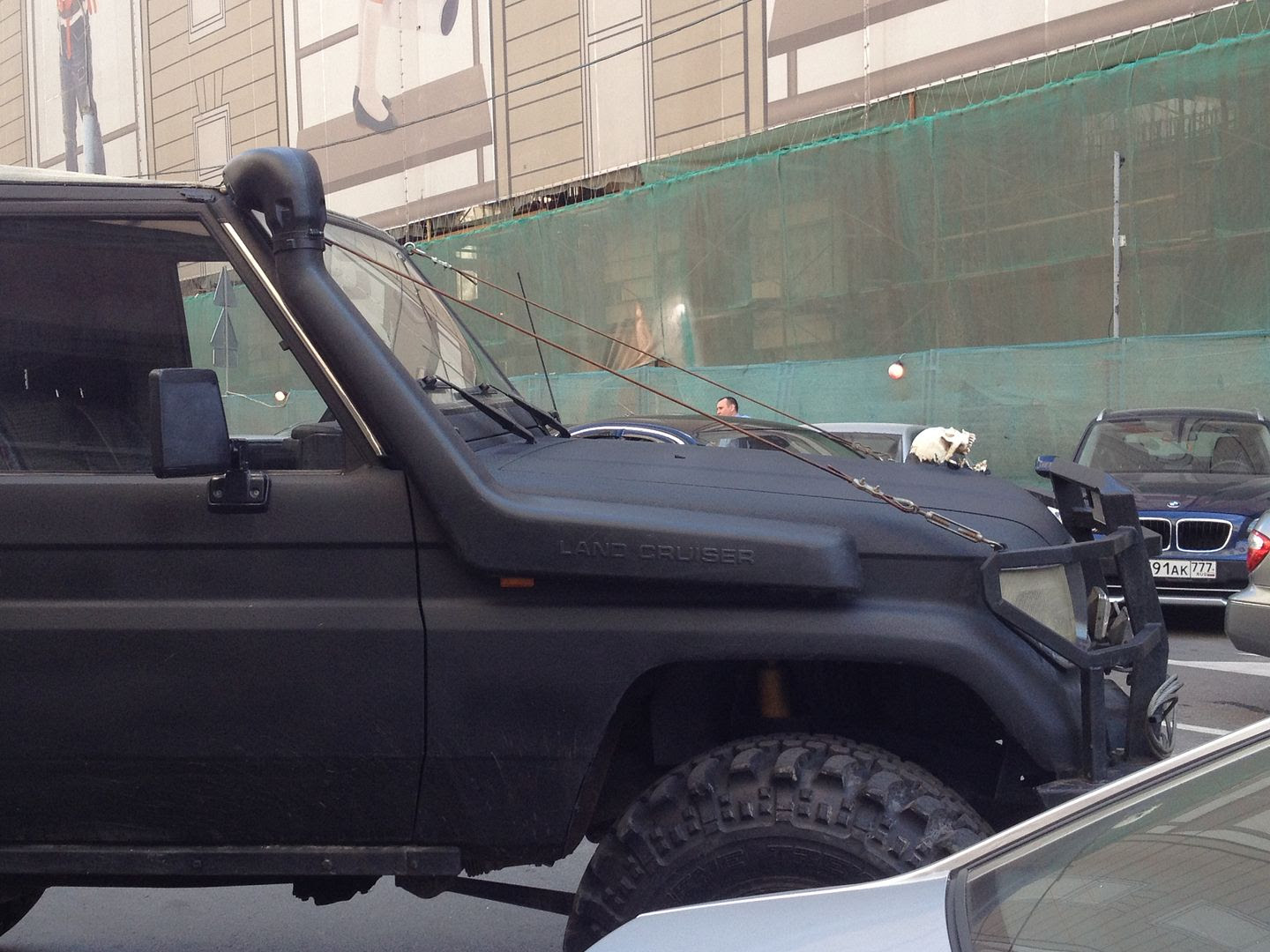 Skull on Truck in Moscow photo 2014-07-07142028_zps455fa571.jpg