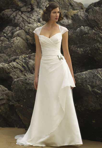 Simple Cap Sleeve Wedding Dress for Older Brides Over 40