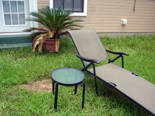 Lounge Chair and Table
