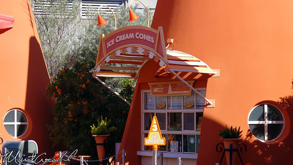 Disney California Adventure, Cars Land, Cozy Cone Motel