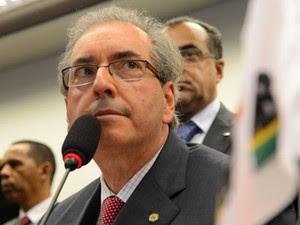 O líder do PMDB, Eduardo Cunha (RJ), em reunião na última terça (11), quando bancada decidiu votar contra Marco Civil da Internet (Foto: Valter Campanato/ABr)