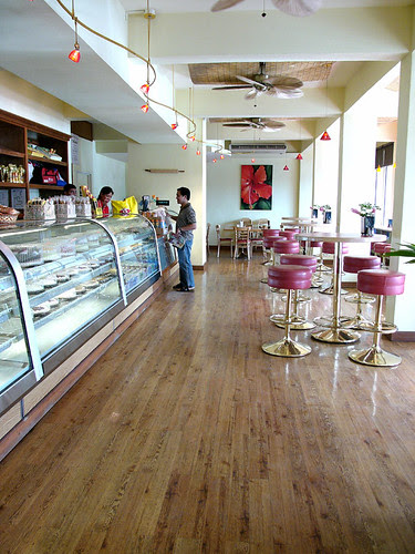 herman's bakery and tan marikita café