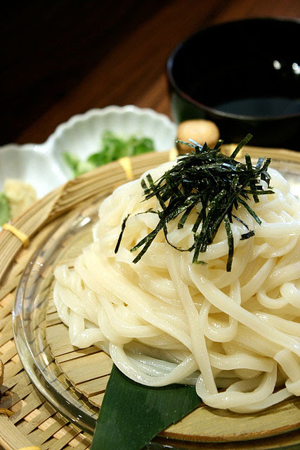 Zaru udon (cold udon noodles)