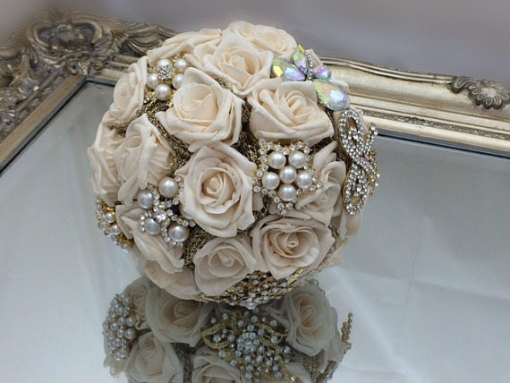 Wedding bouquet vinatge style brooch and flower bouquet in gold and cream with pearls and organza made to order