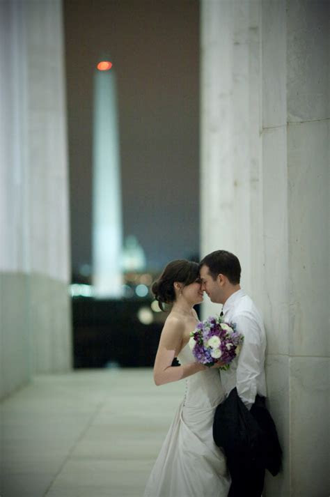 Emily & Brady's Wedding at the Newseum   Elegance