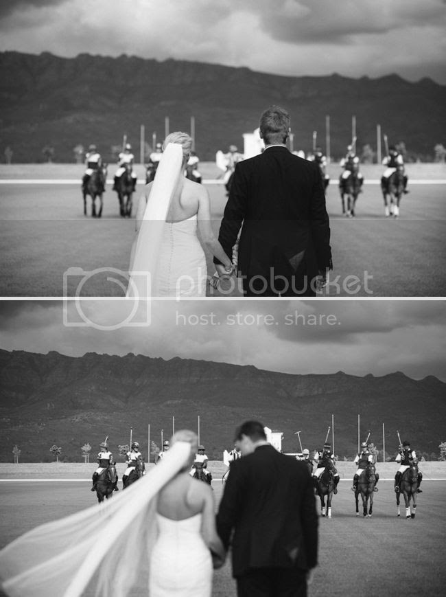 http://i892.photobucket.com/albums/ac125/lovemademedoit/welovepictures/ValDeVie_Wedding_025.jpg?t=1338384261