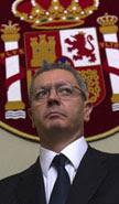 El fiscal sustituirá al juez de instrucción en el proceso  y dirigirá la Policía Judicial