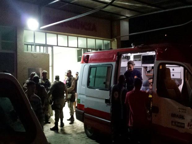 Três foram presos e um apreendido pela polícia (Foto:  Giro Ipiaú)