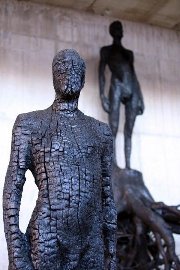 Astonishingly Life-Like Figuratives Sculptures (26)