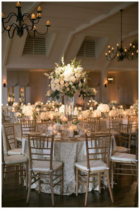 42 White Wedding Decoration Ideas   Wedding Decorations