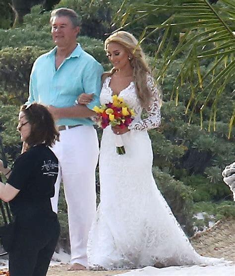 Jason Aldean Wedding Pictures   POPSUGAR Celebrity Photo 1