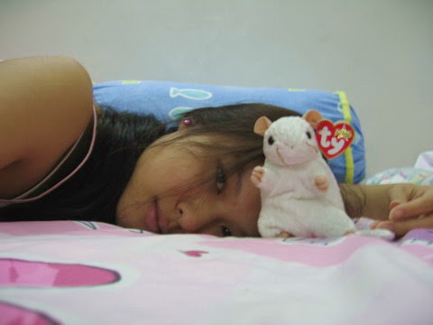 mousy and me on bed