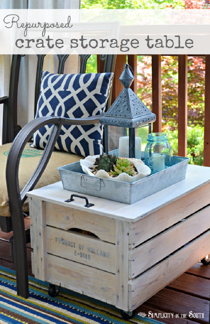 Repurposed-Wooden-Shipping-Crate-Table
