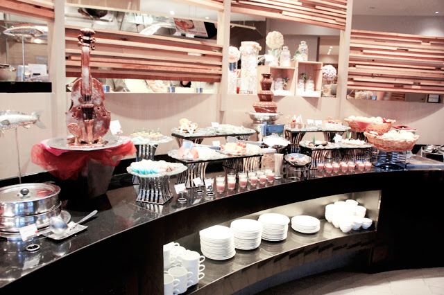 Straits Cafe buffet @ Rendezvous hotel 2