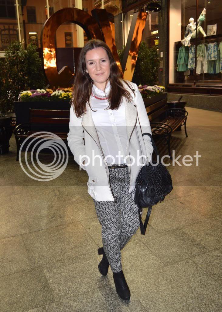 Fashion Blogger White Zara Outfit