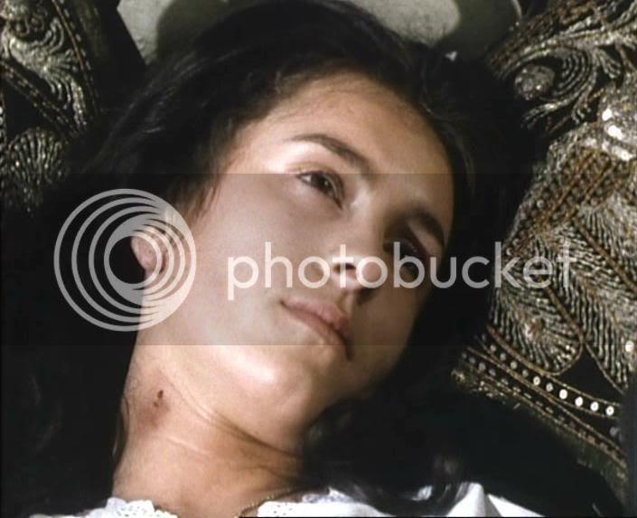 Juliet Aubrey as Dolores