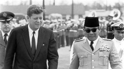 kisah john  kennedy  mentornya  indonesia koran