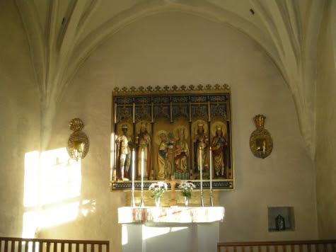 Hammarby kyrka