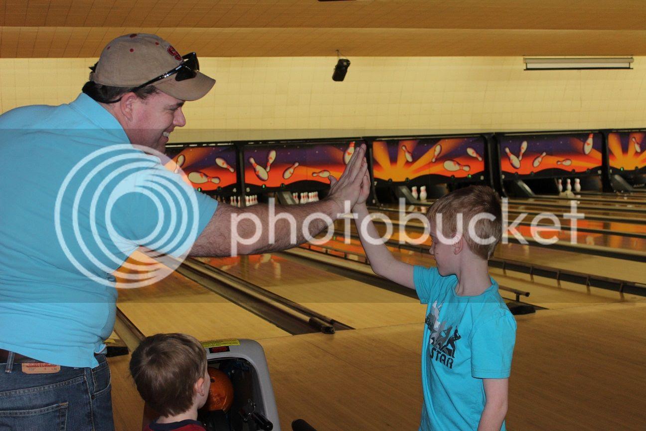 photo bowling13_zpsk9tqhyii.jpg