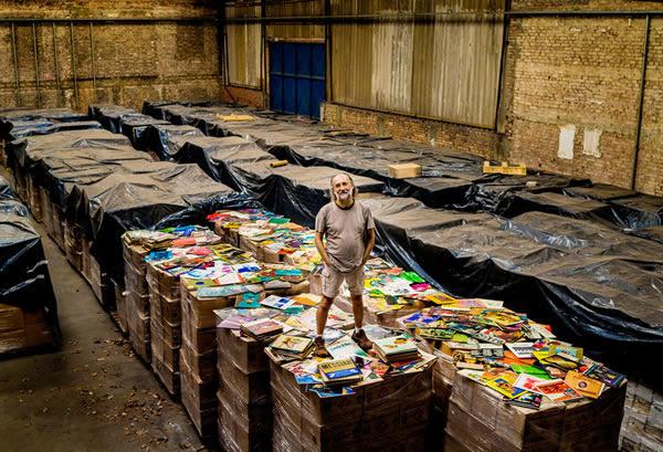 Koleksi 3 juta piringan