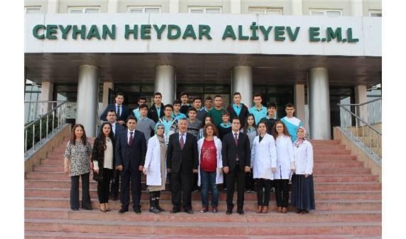 Ceyhanda öğretmen Ve öğrenciler Boya üretiyor Fotoğraflarla Adana