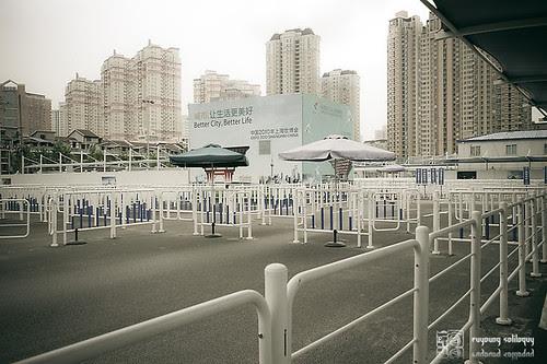 Samsung_NX100_Expo_03