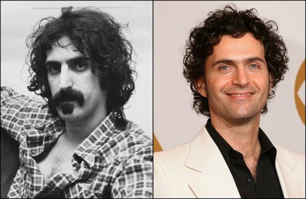 Dweezil Zappa é o único dos quatro filhos do doidão Frank Zappa (1940-1993) que decidiu seguir a mesma carreira do pai. Os irmãos de Dweezil viraram atores e escritores. (Foto: Getty Images)