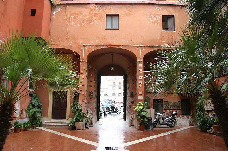 File:0251 - Roma - S. Silvestro in Capite - Cortile - Foto Giovanni Dall'Orto, 11-Apr-2008.jpg