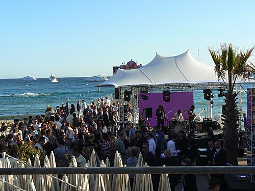 reception sur la plage.jpg